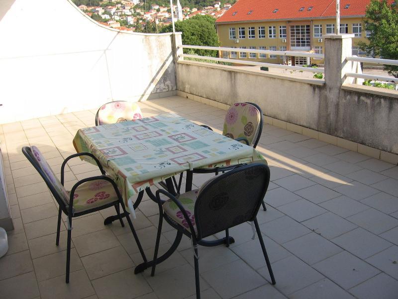 A1Veliki (5): terrace