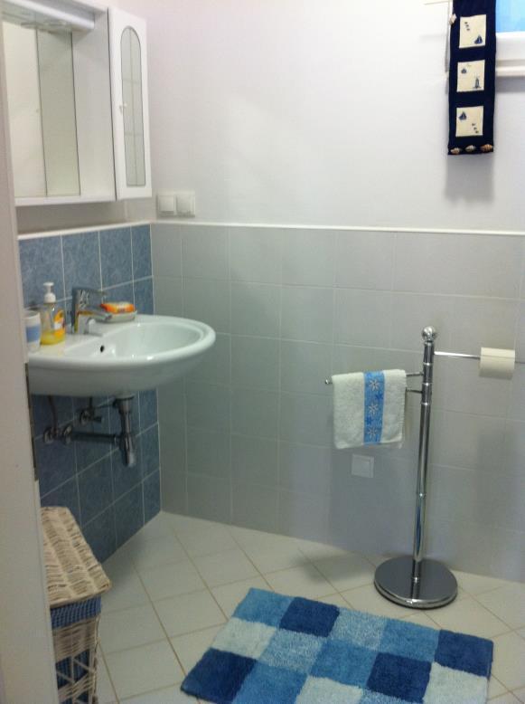 A1 (4 + 1): banheiro com vaso sanitário