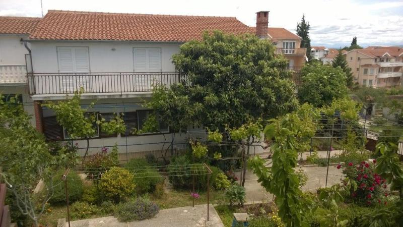 BIR A2(4) - Vodice, vacation rental in Vodice