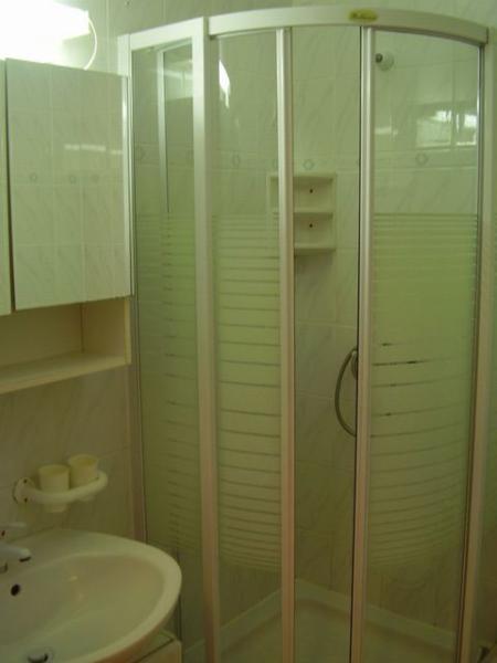 A1 KAL1 (4 + 1): Toilette