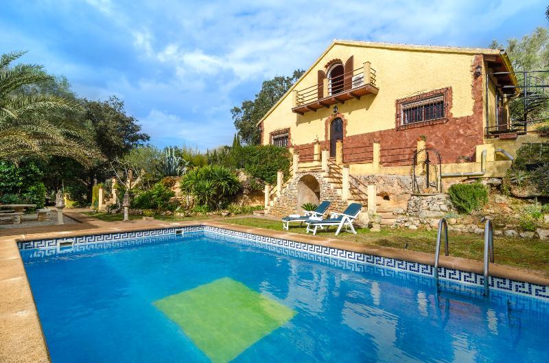 SA COVETA - Villa for 8 people in Algaida, vacation rental in Algaida