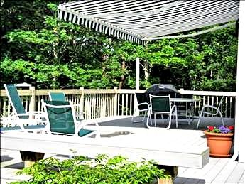 Deck with canopy