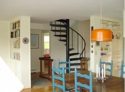 Spiral Stairs On Mid Level