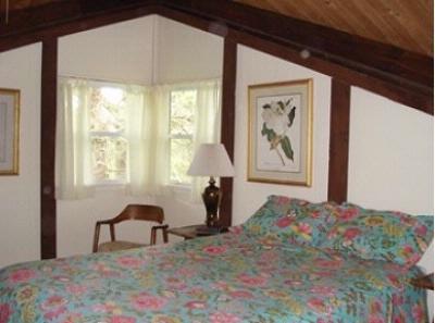 Queen Bed Top Level