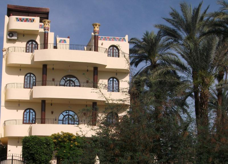 VILLA BAHRI 5 star apartment, rural West Bank NOW WITH POOL, vacation rental in Nile River Valley