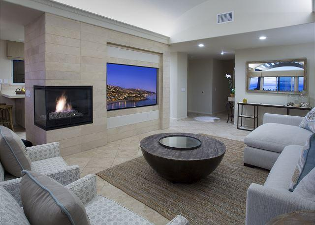Villa Laguna Fireplace and Giant Flatscreen TV