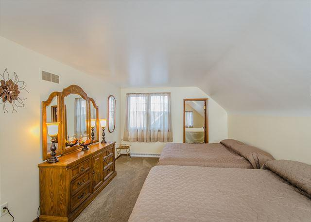 2nd Floor Bedroom 2 with 2 spacious queen beds and authentic cou