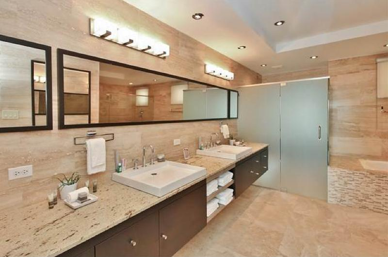 Master Suite Bathroom with Jacuzzi & Spa Seat