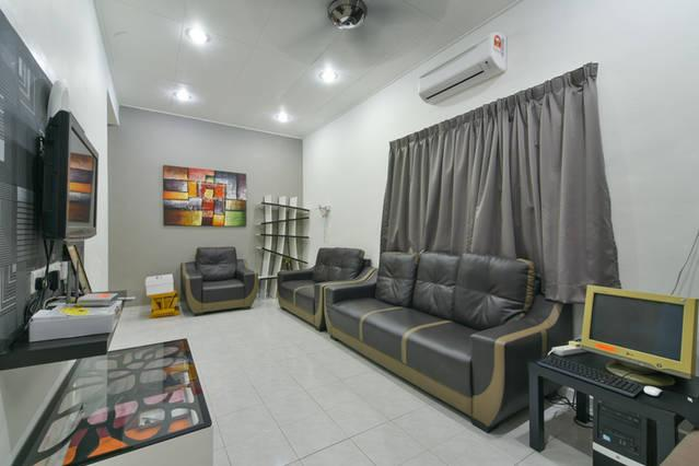 Stay99 Corner House (3 bedrooms), holiday rental in Melaka