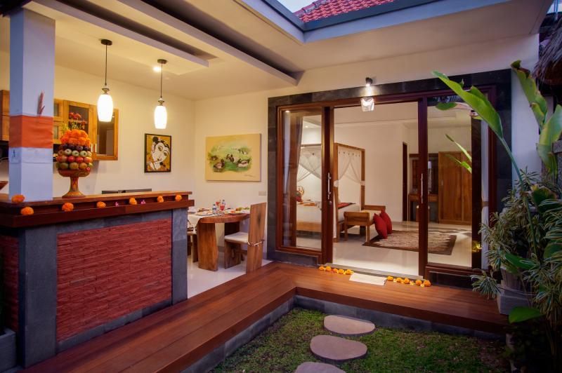 One bedroom villa with Jacuzzi, holiday rental in Petulu