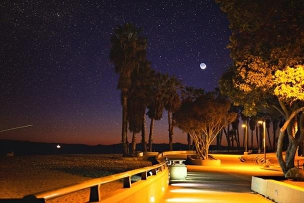 Night time on the promenade near surfers point.