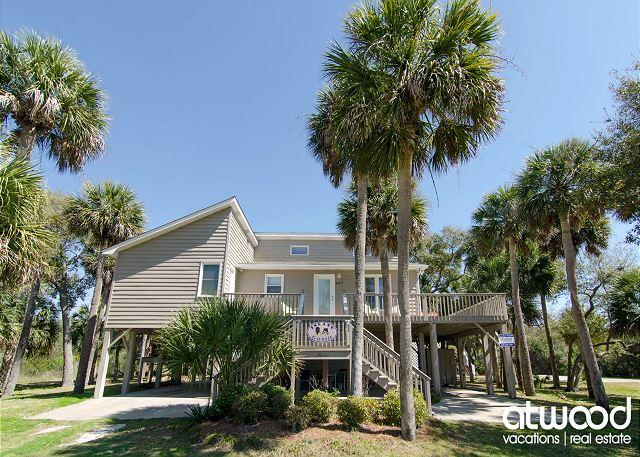 Island Gossip - Easy Beach Access, Adorable Decor, holiday rental in Edisto Island