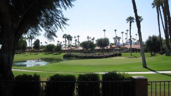 LASL156 - Monterey Country Club - 2 BDRM, 2 BA, vacation rental in Palm Desert