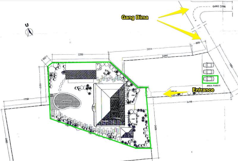 Plan including villa buildings, entrance and undercover parking