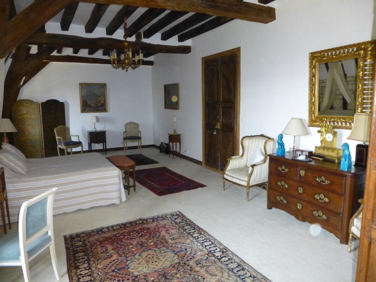 La chambre 'Aliénor d'Aquitaine', vacation rental in Couziers