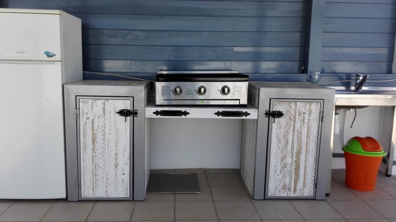 FANTASTICO atico con terraza privada cocina exterior en el centro de Moraira