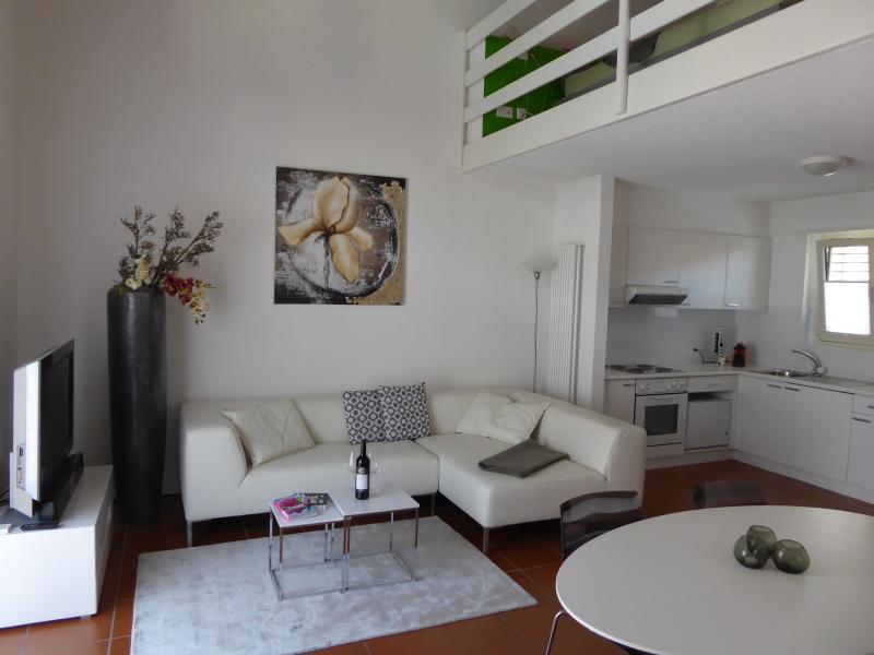 AsconaDolceVita Maisonette Appartement im Zentrum, alquiler de vacaciones en Ascona