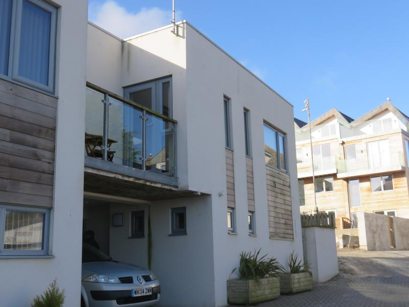 Beautiful Townhouse with balcony and sea views, holiday rental in Newquay