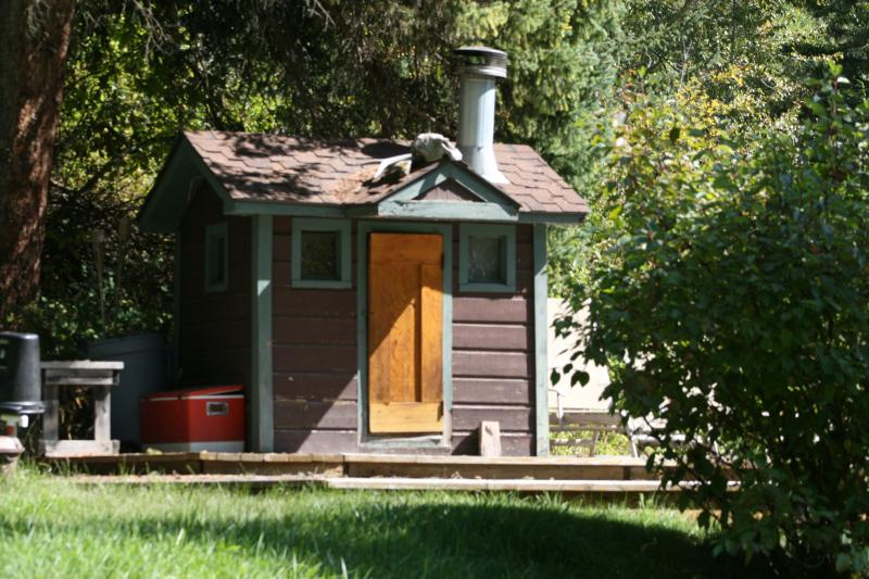 The  cozy  sauna