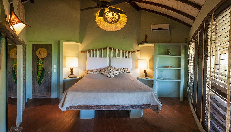 Beach and lake front luxury home Maralagoa fz.Maison, holiday rental in Barra Grande