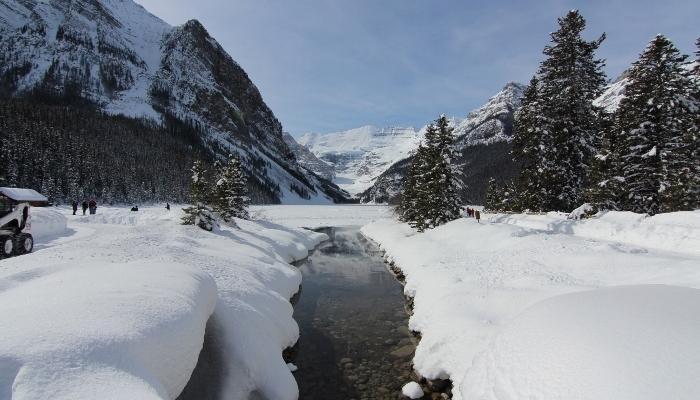 Lake Louise y el Parque Nacional de Banff ofrece un sinfín de actividades al aire libre