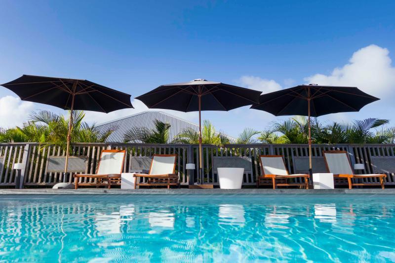 Cassia Bungalow // Shambala Lodge, location de vacances à Le Moule