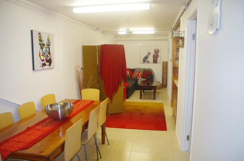 Unit Dining and Lounge