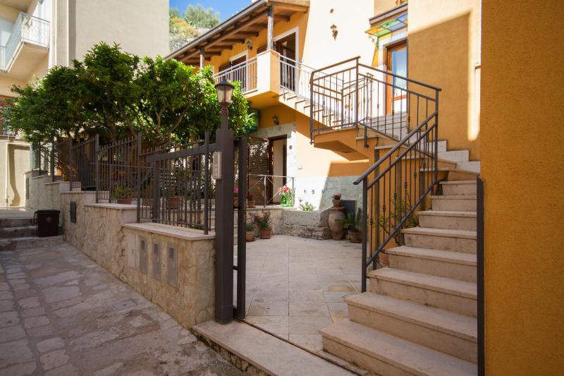 Case Vacanza  San Marco, holiday rental in Valderice