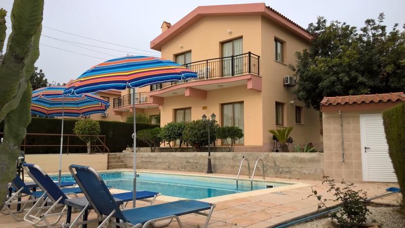 Kapsalia Holiday Villa 4, alquiler de vacaciones en Pissouri
