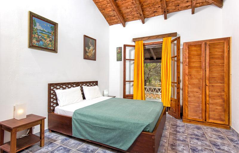 Liuba Houses - Kassiani 2 Bedroom Stone House with Private Pool, holiday rental in Vasilikos