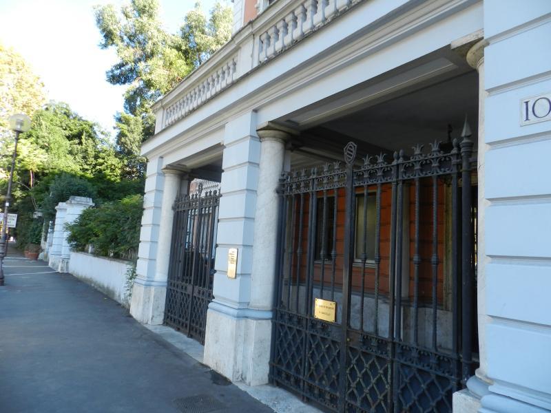 ingresso del palazzo