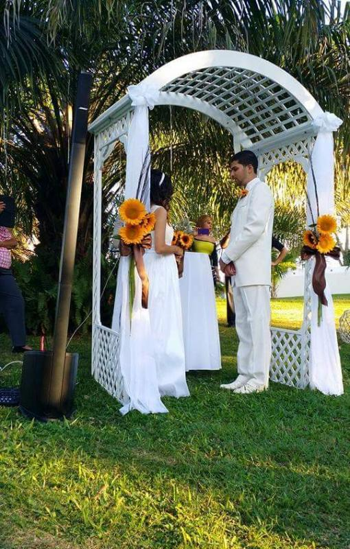 wedding at the green areas