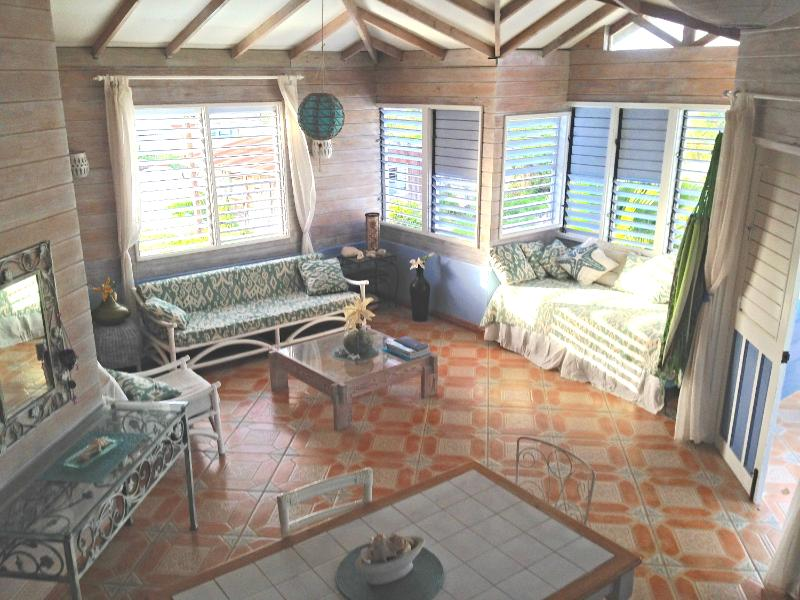 apartment starlight living room