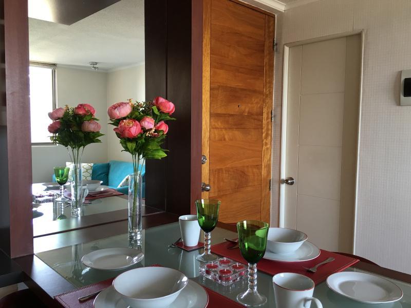 Un acogedor espacio para desayunar, almorzar, cenar o compartir algo de comer...
