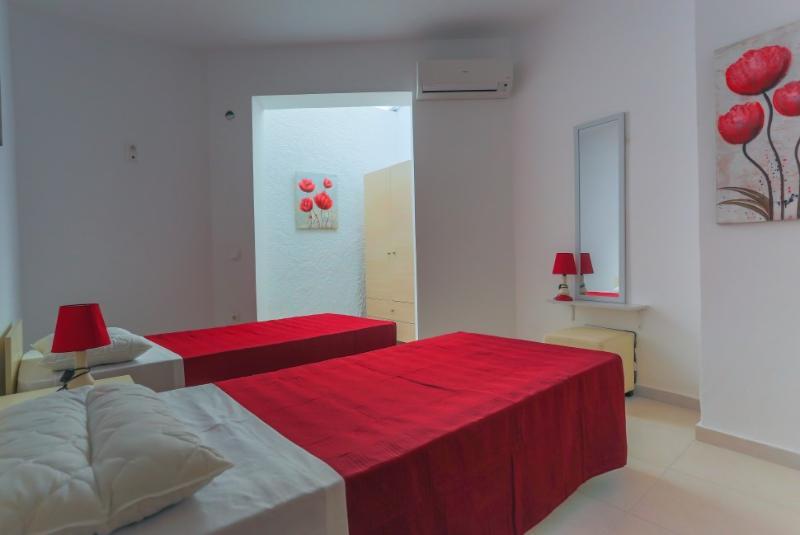 Archipolis Replay Apartments - Family Room, alquiler de vacaciones en Psinthos