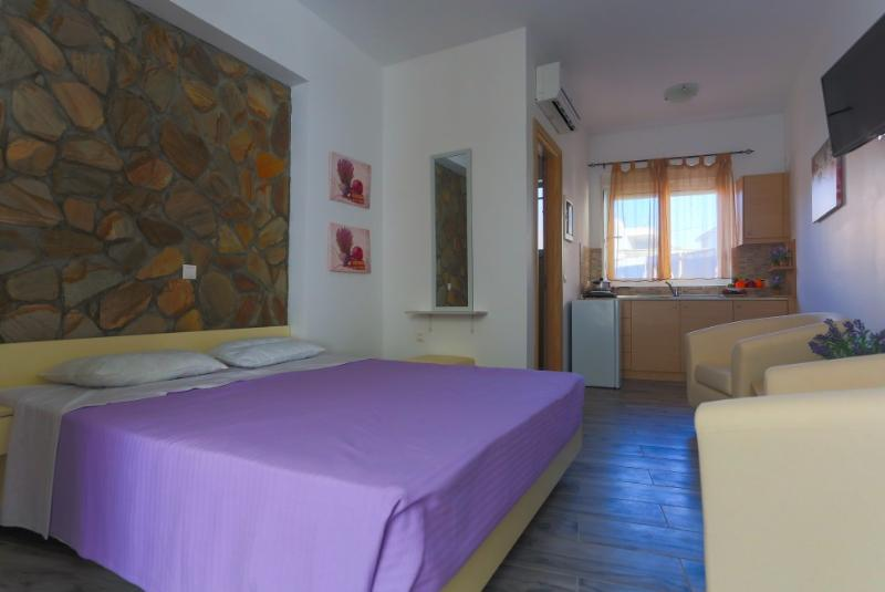 Archipolis Replay Apartments - Double Economy, holiday rental in Salakos