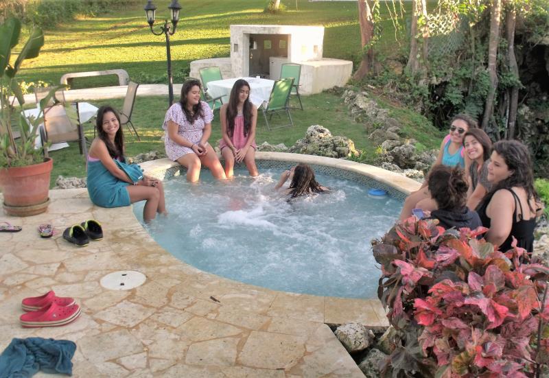 Você pode ficar no seu Hacienda privada ou ir para as melhores praias Aguadilla e Isabela