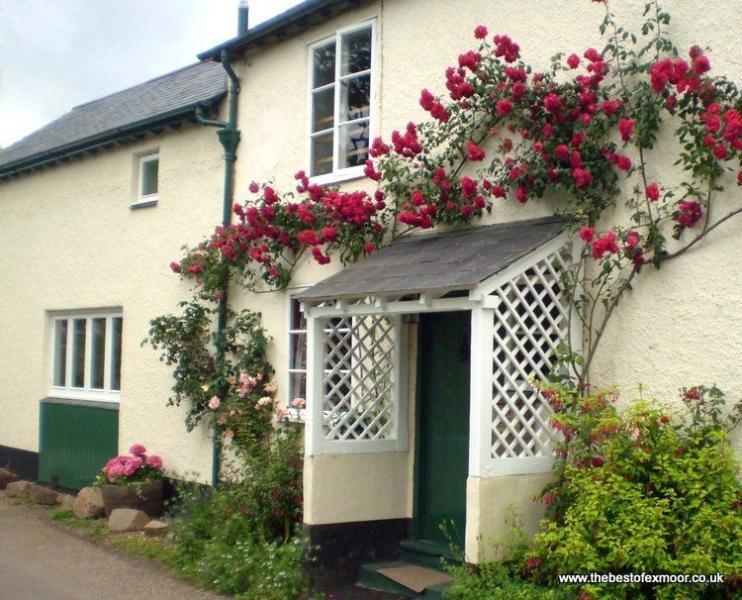 Forge Cottage, Wootton Courtenay - Cottage in quiet Exmoor village - Sleeps 2/3, location de vacances à Wootton Courtenay