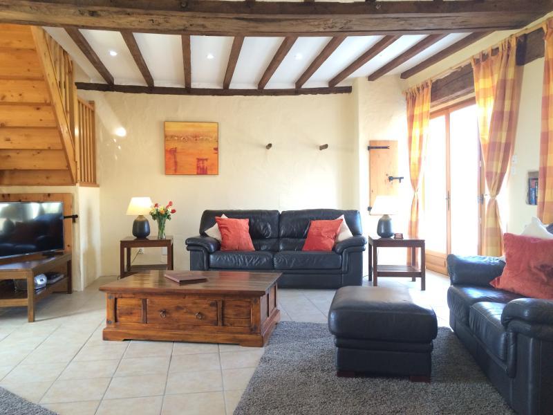 Le Grebe lounge (upgraded 2016)