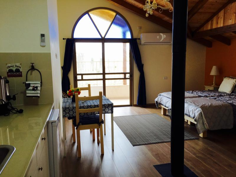 Off The Square Guesthouse 2, holiday rental in Rosh Pina