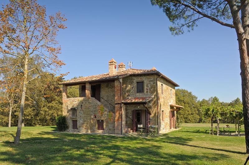 La Romantica La Romantica, location de vacances à Lucignano
