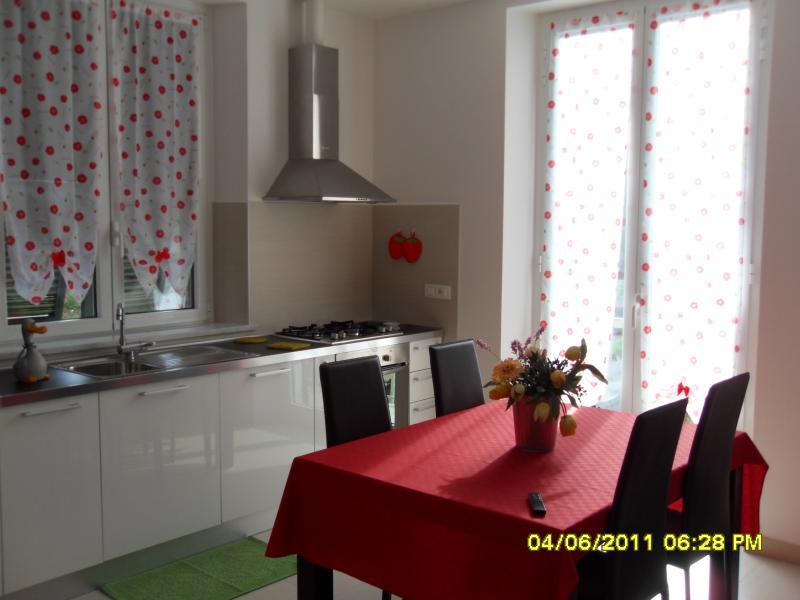 Appartamento  'Irenetta' a 20 minuti dal mare, vakantiewoning in Rocchetta di Vara