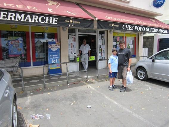 2 min drive to Trou aux Biches best super market