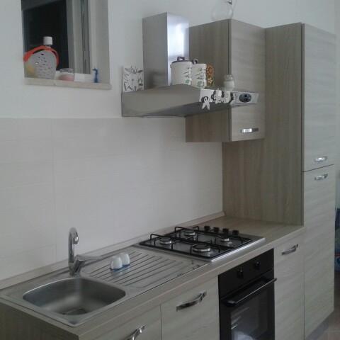Nuovissimo appartamento ristrutturato a 100m dal mare, a 3 min dall'Asse Attrezzato.