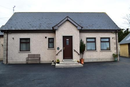 DRUMGART SELF/CATERING COTTAGE, holiday rental in Carrickfergus