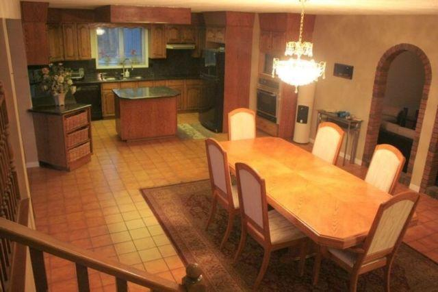 7 bedroom furnished main floor house in Lessard, holiday rental in Spruce Grove