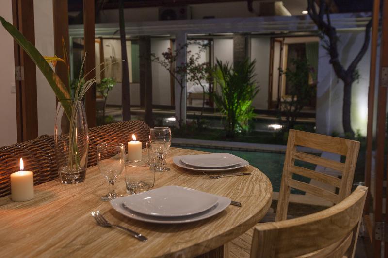cena romántica Villa de bambú