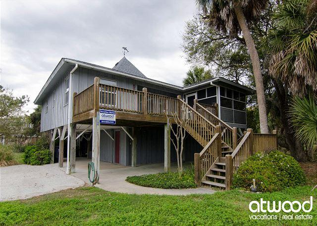 Pompano Villa - Easy Beach Access, Screened Porch, holiday rental in Edisto Island