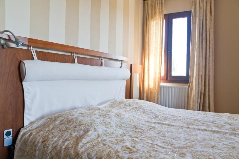 Luxe B&B kamer met jacuzzi en terras met uitzicht over de Dordogne vallei