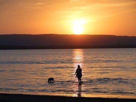 Sunset on the worlds longest fresh water beach